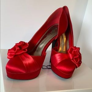 Red rose bakers pin up heels